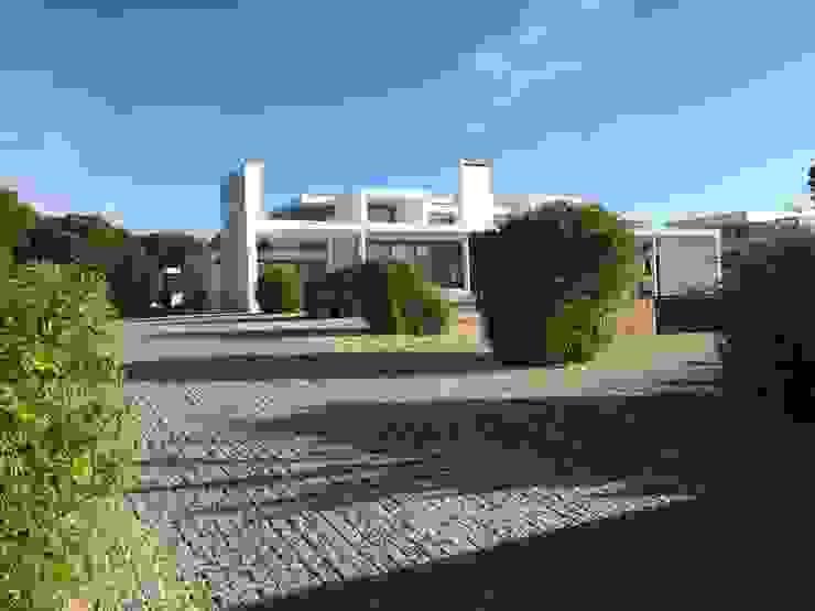 Villa Pinhal Velho, Vilamoura por Pure Allure Interior Moderno