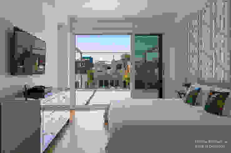 Modern Bedroom by Chibi Moku Modern Concrete