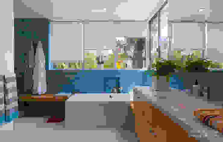 Modern Bathroom by Chibi Moku Modern Concrete