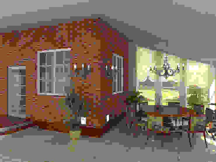 Industrial style balcony, porch & terrace by Архитектурно-дизайнерская студия Александра Шереметьева Industrial
