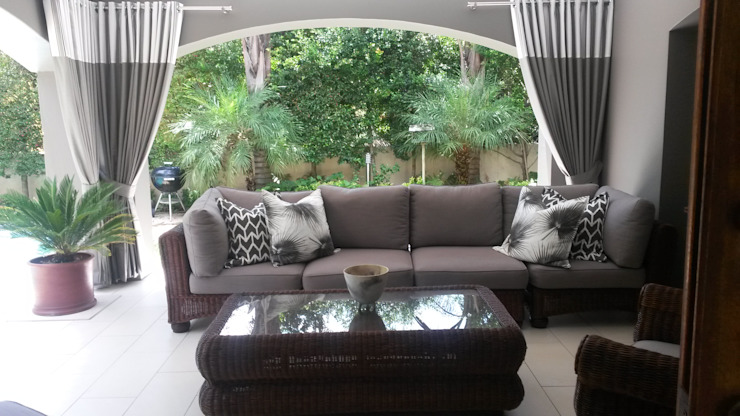 Riverclub Estate Eclectic style balcony, veranda & terrace by CKW Lifestyle Associates PTY Ltd Eclectic