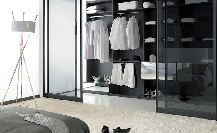 Modern dressing room by Deco Bois Modern