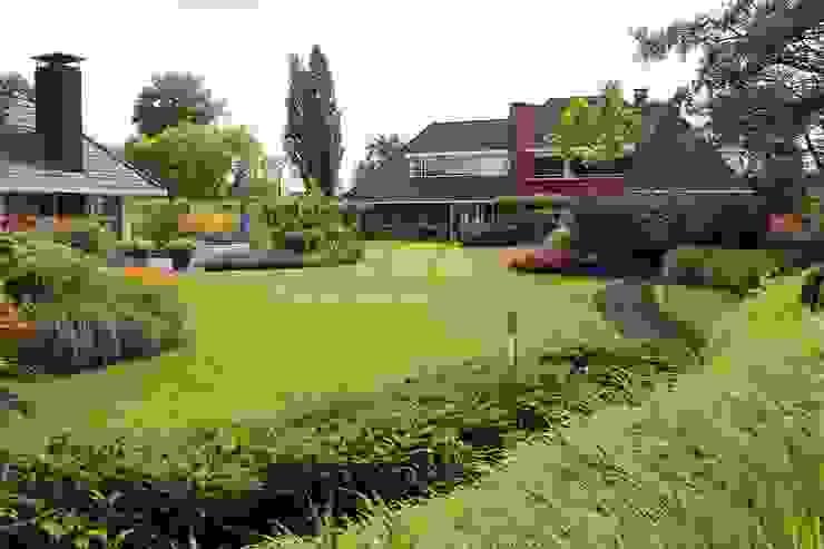 Strak gazon Klassieke tuinen van Teo van Horssen Hoveniers Klassiek