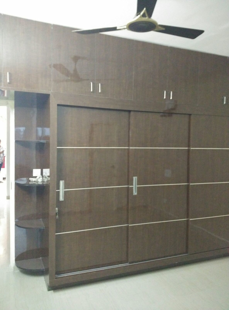 Sliding Wardrobe Modern style bedroom by Ghar360 Modern Plywood