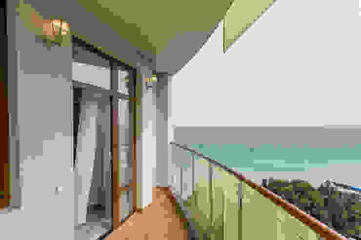 Balcon, Veranda & Terrasse classiques par Bellarte interior studio Classique