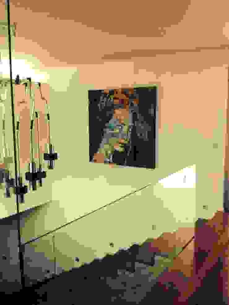 Moradia em Guimarães por Lili Miranda-Designer de Interiores Moderno