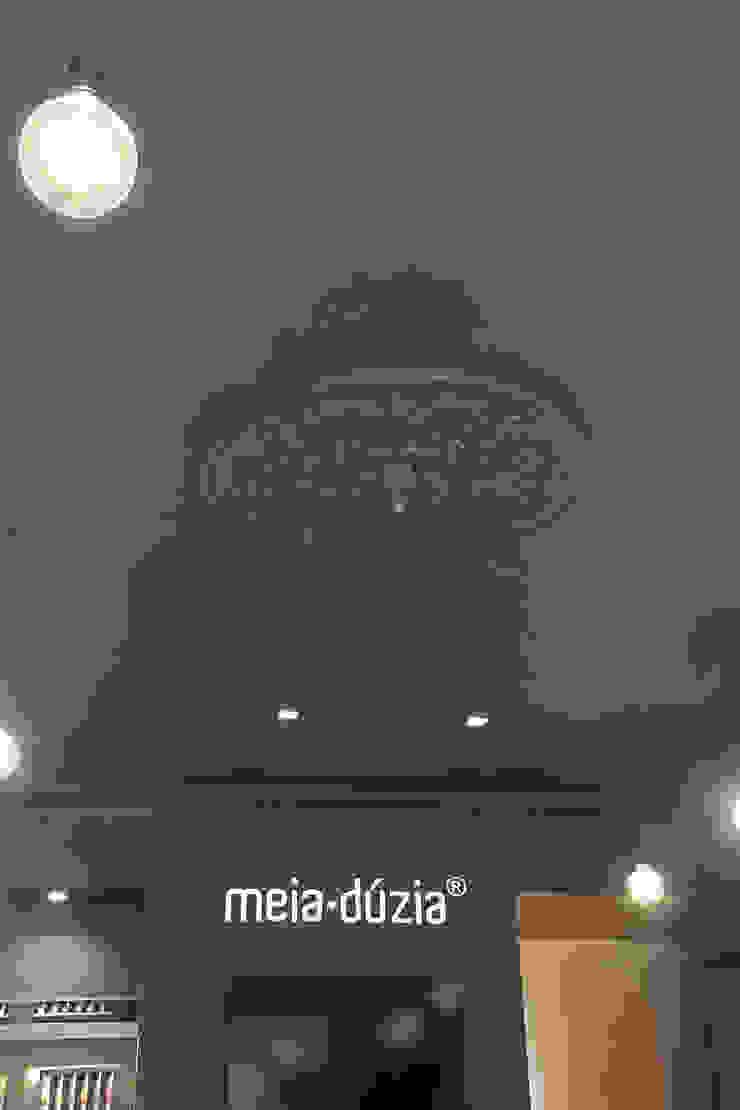 Loja Meia Dúzia Espaços de trabalho clássicos por GRAU.ZERO Arquitectura Clássico