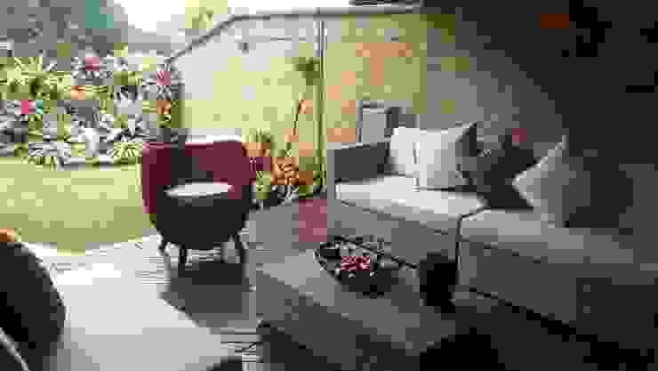 Varandas, alpendres e terraços modernos por THE muebles Moderno