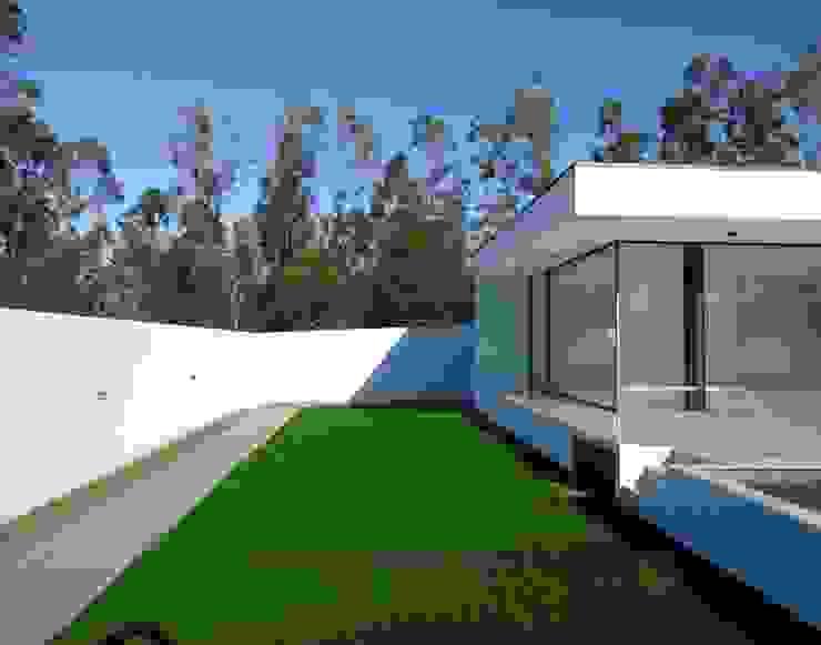 Garden by Utopia - Arquitectura e Enhenharia Lda,