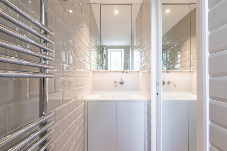 Modern flat – Loft Extension and Renovation, Fulham, SW6 Modern bathroom by TOTUS Modern