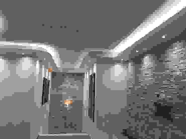 Corridor, hallway & stairs  by TecnoArtEdil,