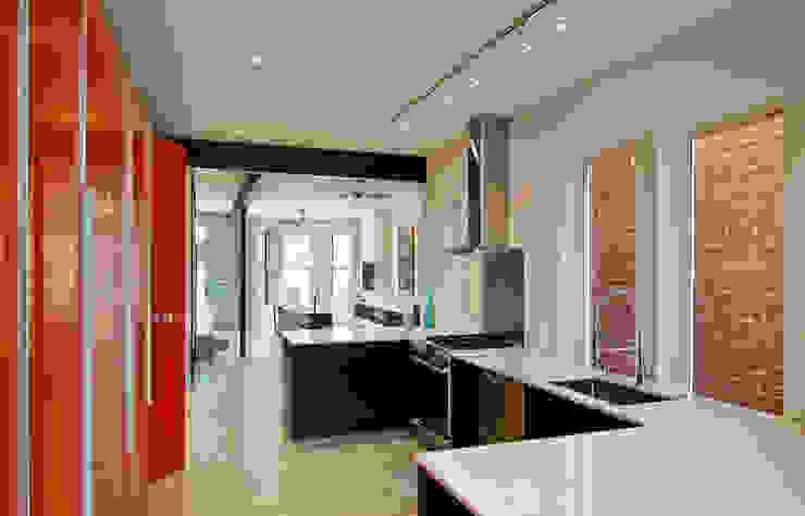 KUBE architecture 現代廚房設計點子、靈感&圖片
