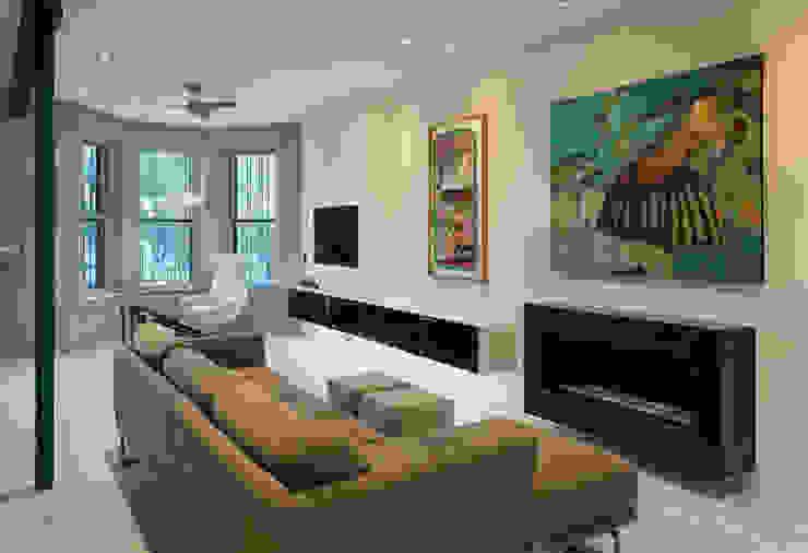 Livings modernos: Ideas, imágenes y decoración de KUBE Architecture Moderno