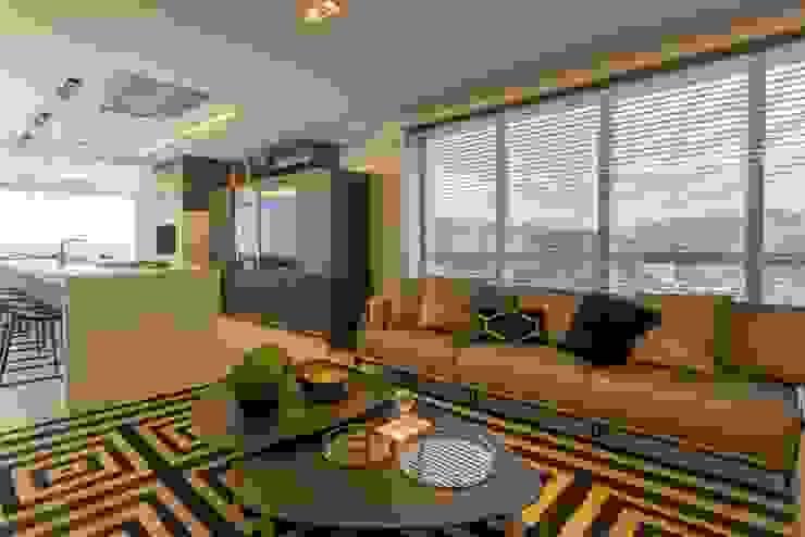 Apartamento Cobertura Salas de estar modernas por Spengler Decor Moderno