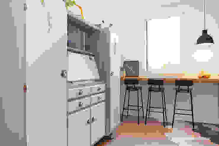 Cocinas de estilo  por senzanumerocivico, Moderno