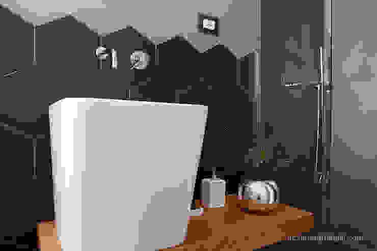 Baños de estilo  por senzanumerocivico, Moderno