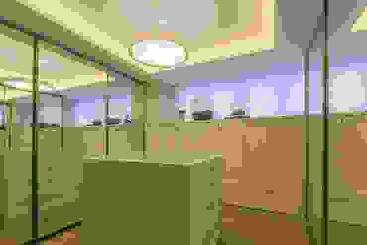 Apartamento Cobertura Closets por Spengler Decor Moderno