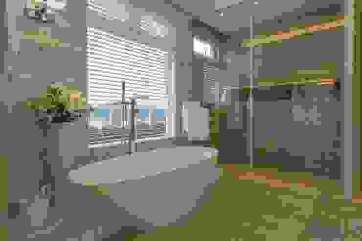 浴室 by Spengler Decor, 現代風