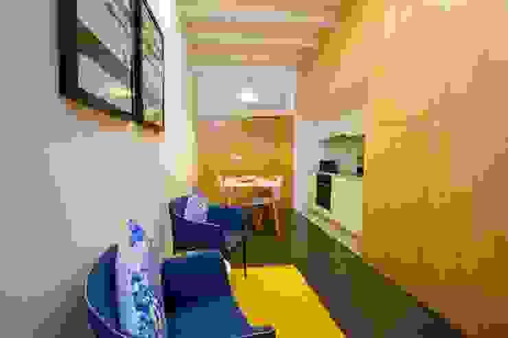 Ruang Keluarga Modern Oleh GRAU.ZERO Arquitectura Modern