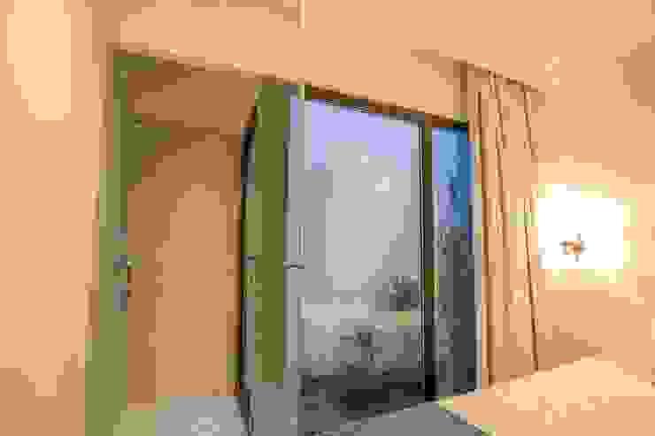 Minimalist bedroom by GRAU.ZERO Arquitectura Minimalist