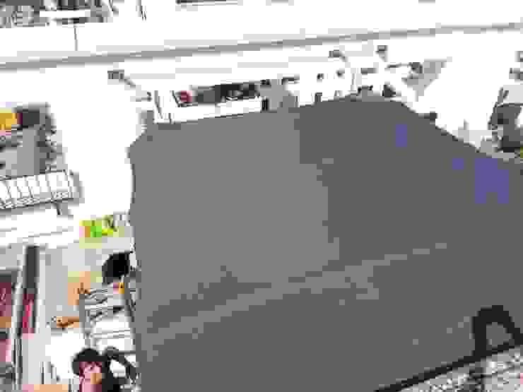 Balcones y terrazas modernos de derraumhoch3 Moderno