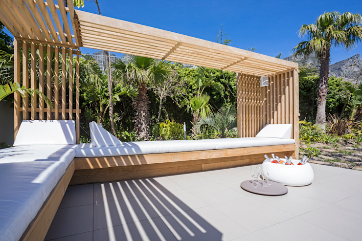 Amara Bakoven: AFTER palms by Urban Landscape Solutions
