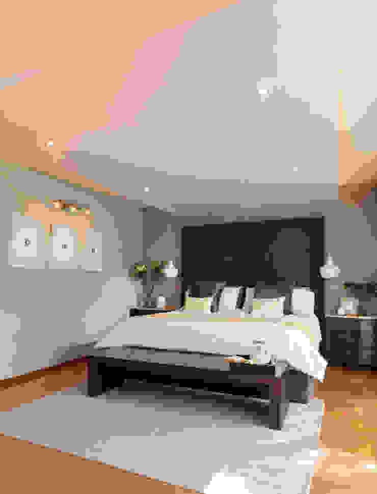 Casa RR Dormitorios modernos de MM estudio interior Moderno