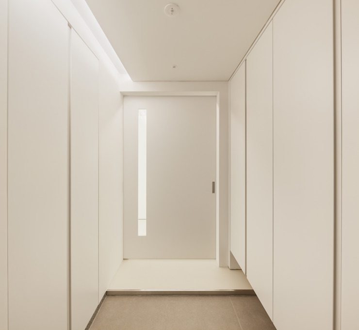 신당동 아파트 인테리어 모던스타일 복도, 현관 & 계단 by 서가 건축사사무소 모던