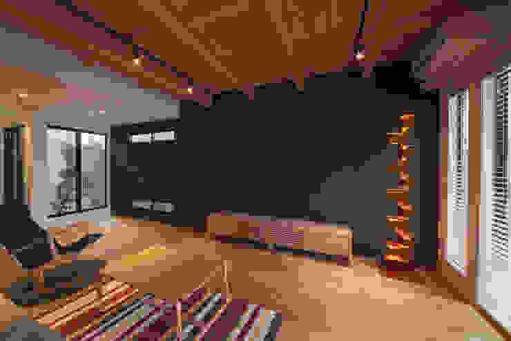 LDK3 モダンデザインの リビング の 大坪和朗建築設計事務所 Kazuro Otsubo Architects モダン