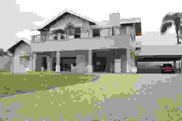 Maisons classiques par Lozí - Projeto e Obra Classique