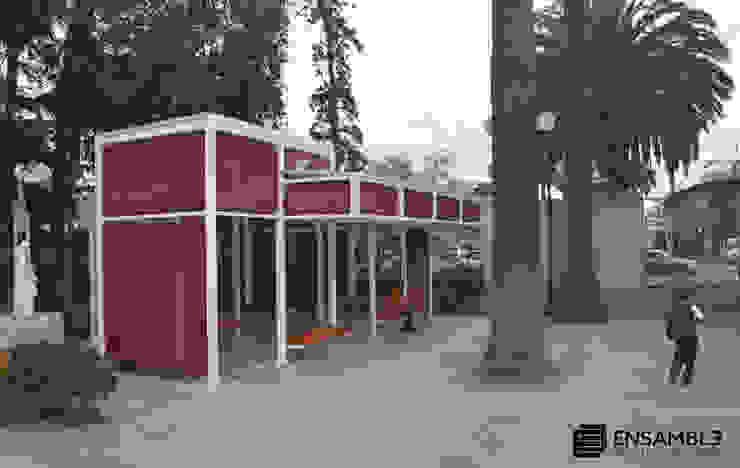 Cobertizo Colegio de La-Salle Balcones y terrazas industriales de Ensamble Arquitectura y Diseño Ltda. Industrial Metal
