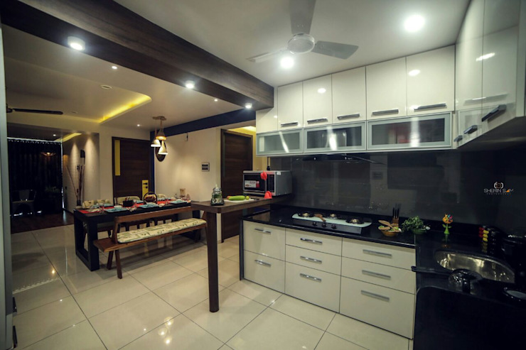 House full of colors Intraspace Classic style kitchen