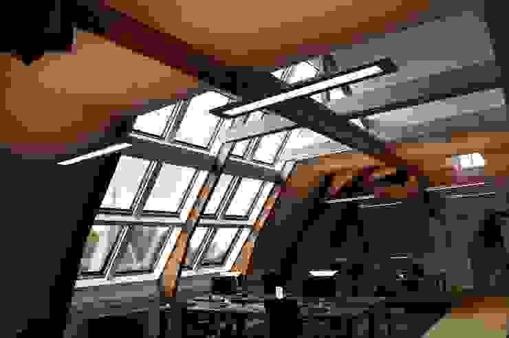 Koninklijk Instituut voor de Tropen te Amsterdam Klassieke ramen & deuren van Lei Import bv Klassiek