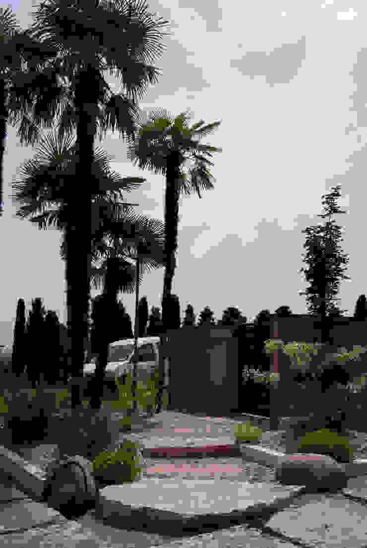 Modern garden by Lugo - Architettura del Paesaggio e Progettazione Giardini Сучасний