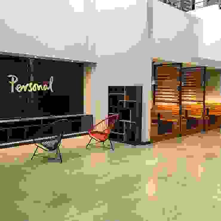 Call Center IONES Oficinas y comercios de estilo moderno de Grupo Madero Moderno