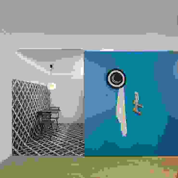 Caminha Refurbishment Tiago do Vale Arquitectos Eclectic style kitchen Tiles Blue