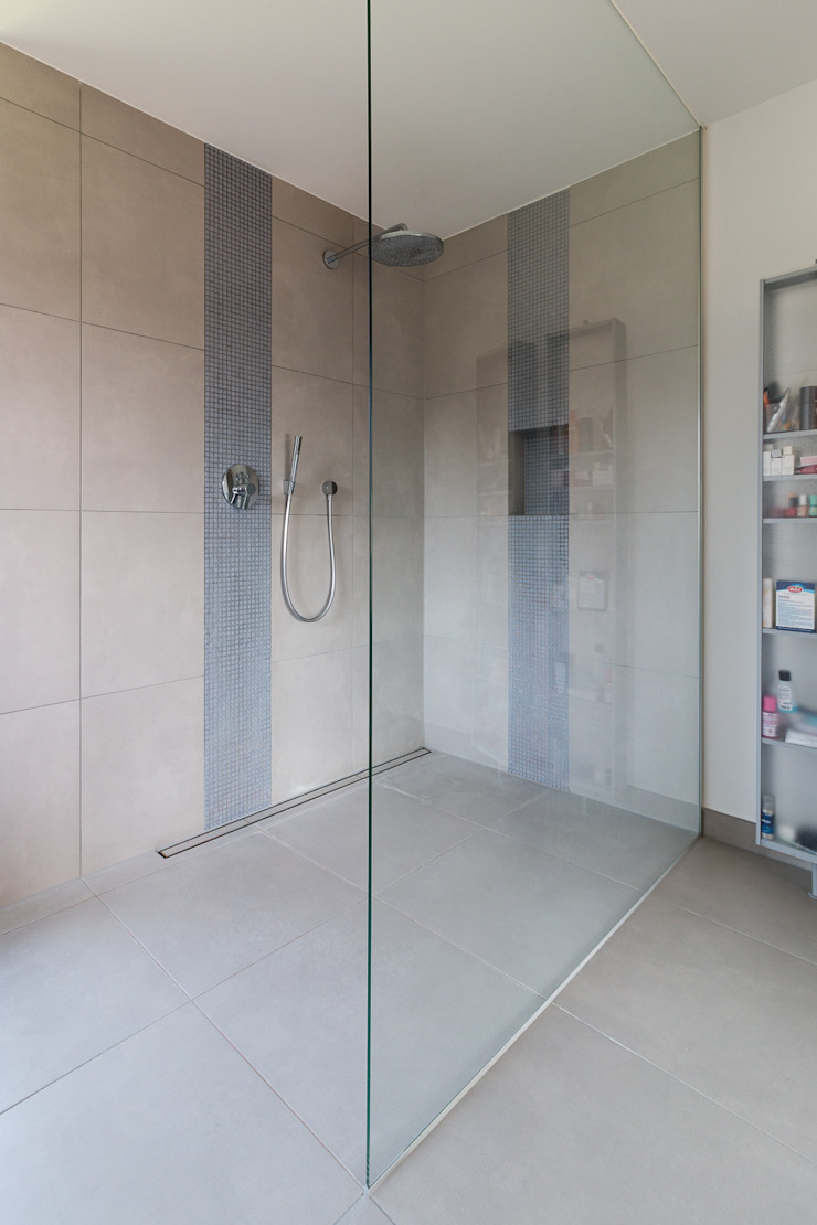 WSM ARCHITEKTEN Modern bathroom by WSM ARCHITEKTEN Modern