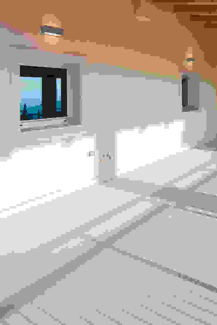 Grassi Pietre srl Modern windows & doors Stone White