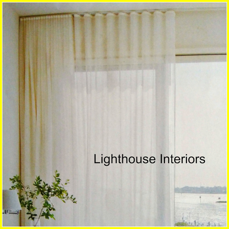 Wave ripple curtains: modern  by Lighthouse Interiors, Modern Textile Amber/Gold