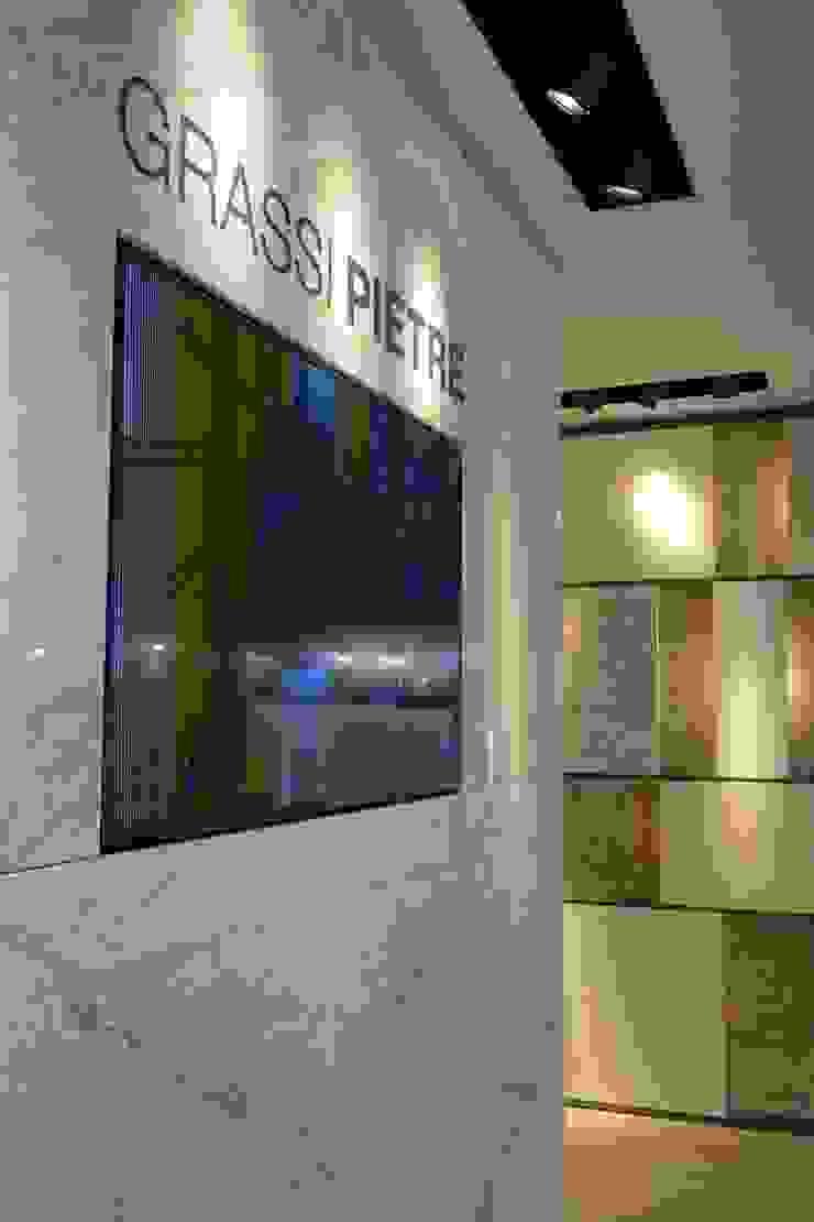 Grassi Pietre srl Moderne Wände & Böden Marmor Weiß