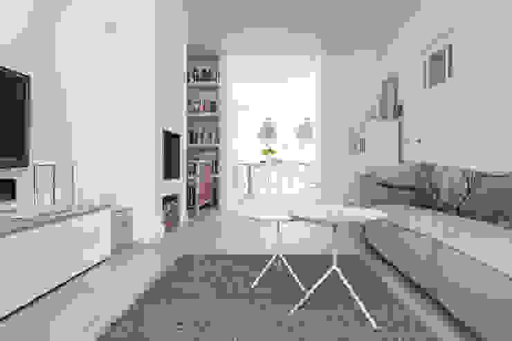 Verbouwing jaren 30-woning, Nijmegen Scandinavische woonkamers van Bob Romijnders Architectuur + Interieur Scandinavisch
