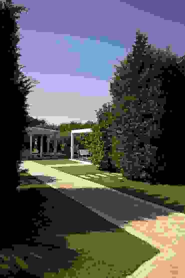 studioSAL_14 Modern style gardens