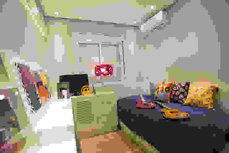 Quarto de menino Quartos de criança modernos por Graça Brenner Arquitetura e Interiores Moderno MDF