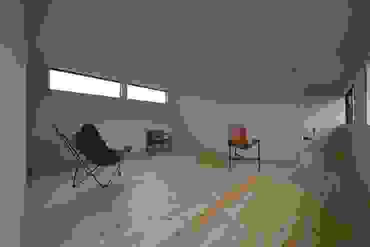 TKD-ARCHITECT Modern Media Room