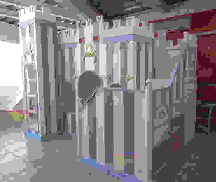 Impactante castillo opulento gobernador de camas y literas infantiles kids world Clásico Derivados de madera Transparente
