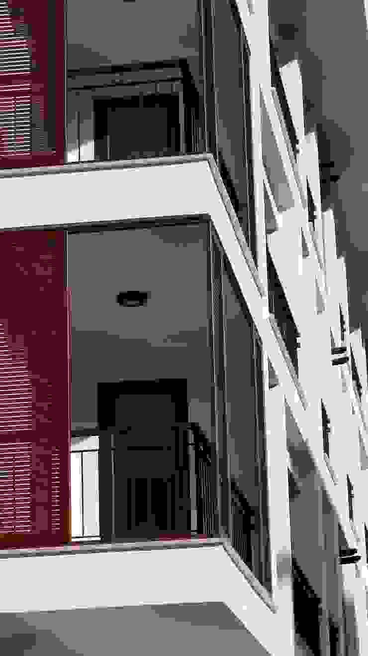 Lavinya Apartmanı Modern Evler yücel partners Modern Ahşap-Plastik Kompozit