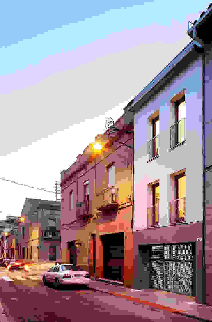 Minimalist houses by Vallribera Arquitectes Minimalist