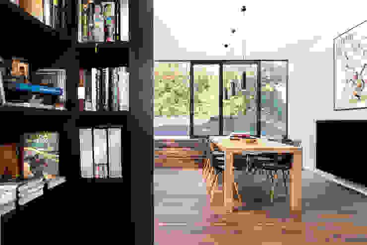 Interieur en tuin doorzonwoning Moderne studeerkamer van studio k interieur en landschapsarchitecten Modern
