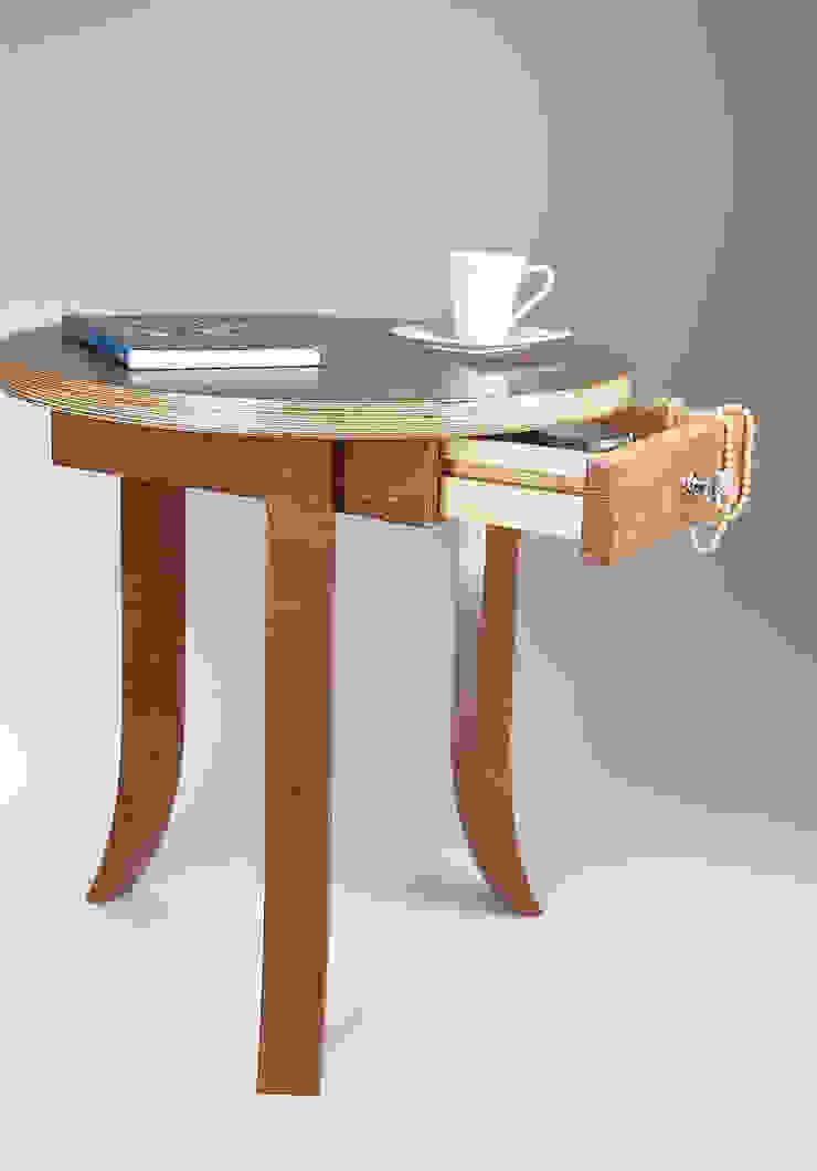 經典  by Meble Autorskie Jurkowski, 古典風 木頭 Wood effect
