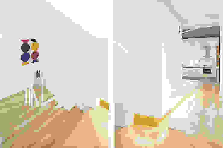 The Modern Square _용인 타운하우스 모던스타일 복도, 현관 & 계단 by 지오아키텍처 모던